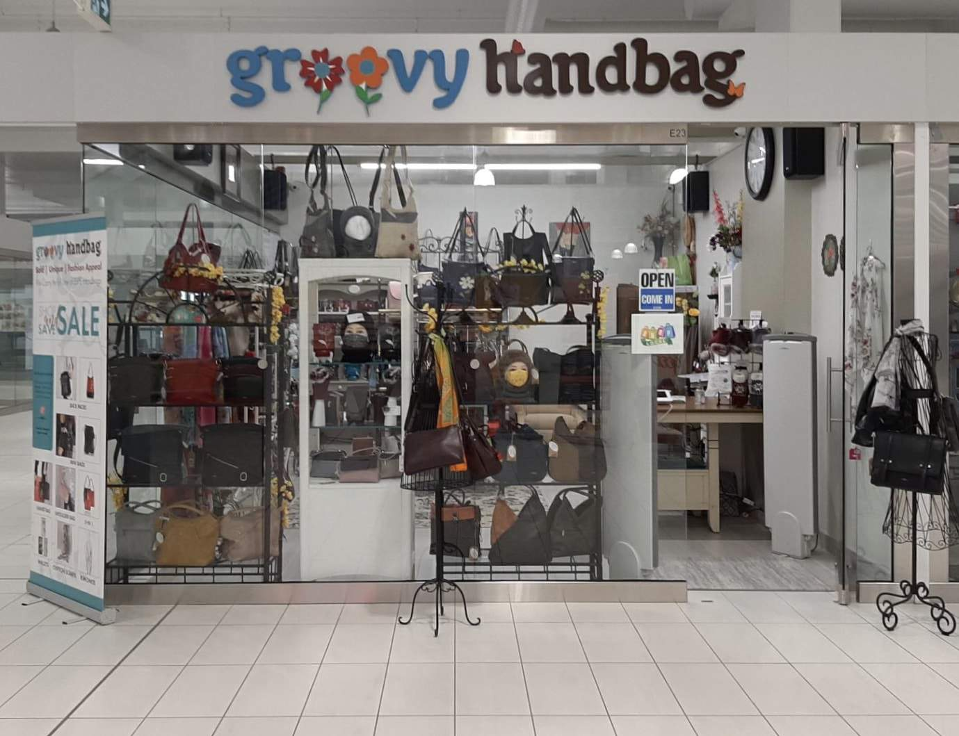 Groovy handbag